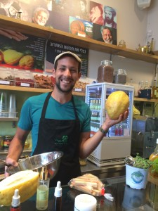 Our Favorite Tel Aviv Juicer